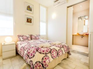 DUPLEX MACARENA 2 BEDROOMS - Seville vacation rentals