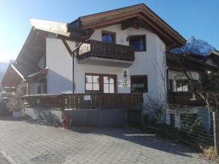 Sunny 2 bedroom Condo in Ehrwald - Ehrwald vacation rentals