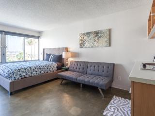 Tripbz Flo 41 - Los Angeles vacation rentals