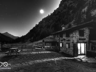 Chalet Bramito nel cuore del Parco dello Stelvio - Vezza d'Oglio vacation rentals