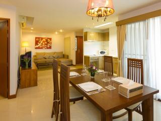 Executive 3 Bedroom Suite - 6 - Bangkok vacation rentals