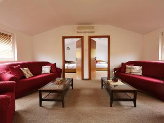 Apartman Comfort 80m2 - Zagreb vacation rentals