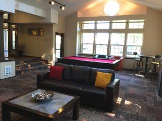 Furnished 2-Bedroom Apartment at Central Ave N & S 235th Pl Kent - Kent vacation rentals