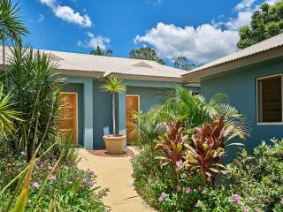 Romantic Villa with Internet Access and A/C - Yungaburra vacation rentals