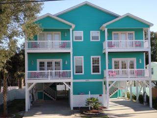 **1 Block from Garden City Beach/ Pet Friendly - Garden City vacation rentals