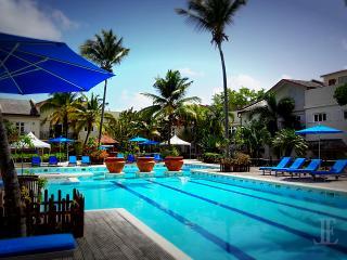 L'Escape | Perfect Luxury | Beach | Pool - Cas En Bas vacation rentals