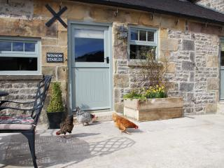 Winnow Stables - luxury barn, Dovedale, sleeps 4 - Alstonefield vacation rentals