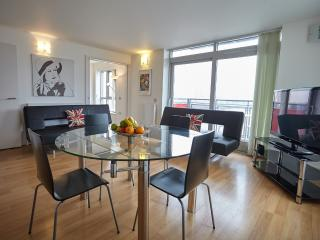 London 3 bedroom apartment Ref:0309 - London vacation rentals