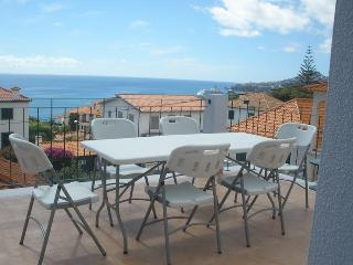 Vila Rosa - Renovated House with Nice Sea Views - Funchal vacation rentals