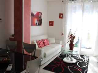 Two-rooms apartment near Milan (5 min from subway) - Brugherio vacation rentals