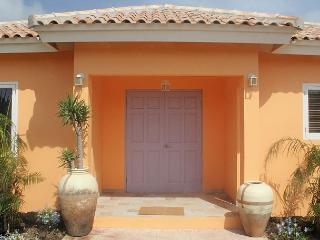 Walk to Marriott & Ritz, La Boheme apt #1 Superior SPECIAL OFFER! - Palm Beach vacation rentals