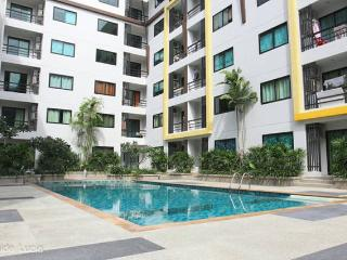 Modern apartment with Swimming Pool - Kathu vacation rentals