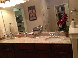 Beautiful Luxury Townhome Located In The Prestigio - San Antonio vacation rentals