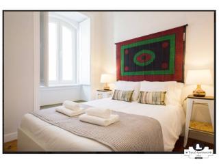 Secret Garden, Typical Apartment, Alfama - Lisbon vacation rentals