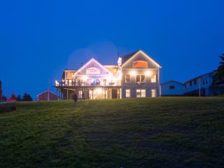 A Surfers Dream - Custom Built Timber Frame Ocean - Halifax vacation rentals