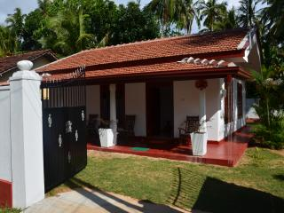 2 bedroom House with Internet Access in Ahungalla - Ahungalla vacation rentals