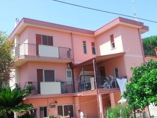 Lato Mare, Calabria Casa Vacanze - Ardore Marina vacation rentals