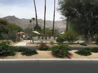 Fully remodeled Sunrise CC condo - New listing! - Rancho Mirage vacation rentals