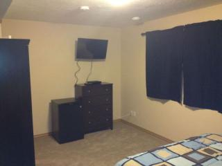 3 bedroom Condo with Internet Access in Dawson Creek - Dawson Creek vacation rentals