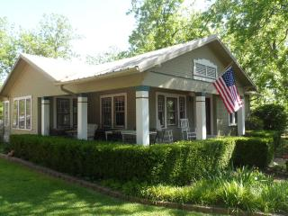 Charming House with Internet Access and A/C - Maxwell vacation rentals