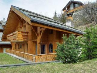 5 bedroom Chalet with Garage in Les Allues - Les Allues vacation rentals