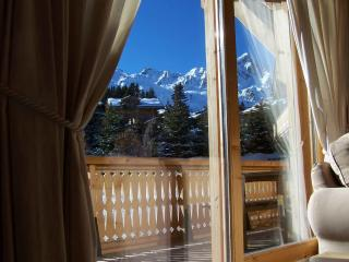 Perfect Chalet in Courchevel with Balcony, sleeps 12 - Courchevel vacation rentals