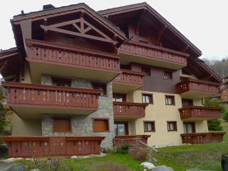 Perfect Condo with Internet Access and Balcony - Meribel vacation rentals