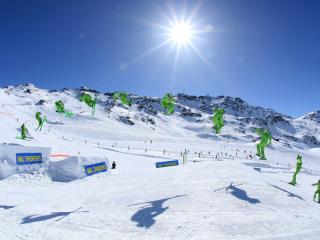 Comfortable 3 bedroom Apartment in Val Thorens with Internet Access - Val Thorens vacation rentals