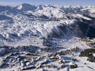 Lovely Condo with Internet Access and Balcony - Belle Plagne vacation rentals