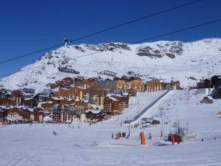 Sunny Condo with Internet Access and Balcony - Val Thorens vacation rentals
