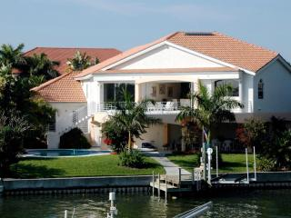 Gorgeous 4 bedroom House in Tierra Verde - Tierra Verde vacation rentals