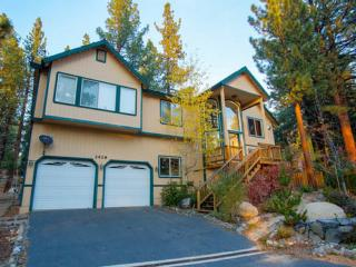 Tahoe Chalet with Custom Amenities Near Heavenly!! - South Lake Tahoe vacation rentals