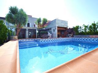 3 bedroom Villa with Internet Access in Playa de Palma - Playa de Palma vacation rentals