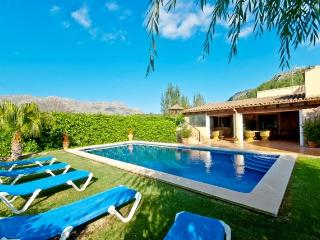Lovely 4 bedroom Villa in Puerto Pollensa - Puerto Pollensa vacation rentals