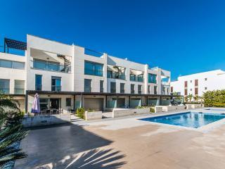 Duplex La Nau 5 - Port de Pollenca vacation rentals