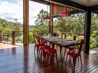 Nice 3 bedroom Pemberton House with Dishwasher - Pemberton vacation rentals
