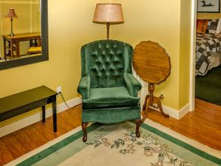Judge Place House Garden Suite - Victoria vacation rentals
