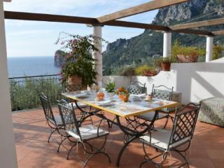 Cozy 2 bedroom Villa in Termini - Termini vacation rentals