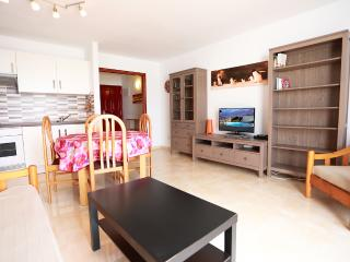 T242. Apartment in Costa Teguise. - Costa Teguise vacation rentals