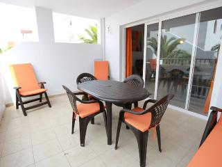 Nice Condo with Internet Access and Washing Machine - Costa Teguise vacation rentals