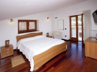 Wonderful 1 bedroom Apartment in Nerano with Internet Access - Nerano vacation rentals