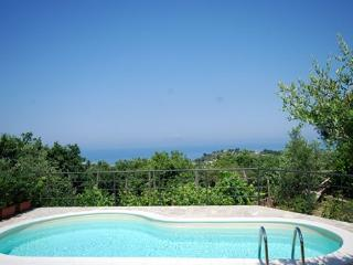 Nice Villa with Internet Access and A/C - Metrano vacation rentals