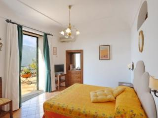 Cozy 2 bedroom Positano Villa with Internet Access - Positano vacation rentals