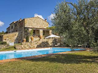 Bright Villa with Internet Access and A/C - San Donato in Poggio vacation rentals