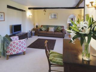 Sunny 4 bedroom Drewsteignton House with Internet Access - Drewsteignton vacation rentals