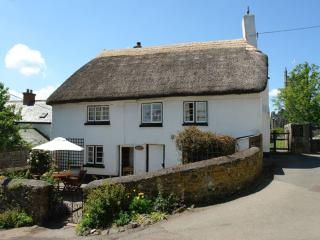 Lovely 2 bedroom House in Exeter with Internet Access - Exeter vacation rentals
