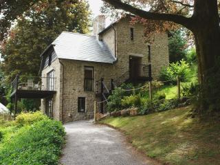 Lovely 3 bedroom North Bovey House with Internet Access - North Bovey vacation rentals