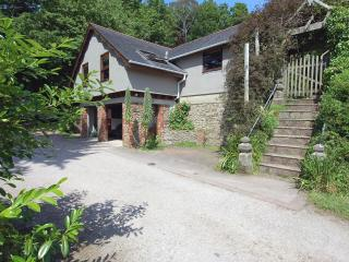 Perfect 1 bedroom House in Kingswear with Internet Access - Kingswear vacation rentals
