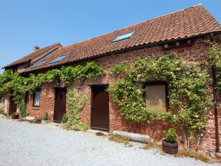 Lovely 4 bedroom House in Goathurst with Internet Access - Goathurst vacation rentals