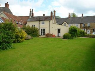 Blackbird Cottage, Broadwindsor, Dorset - Broadwindsor vacation rentals